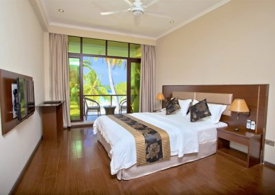 DELUXE-DOUBLE-ROOM-WITH-BALCONY-AND-SEA-VIEW-3-1
